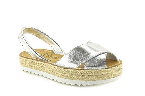 Menorquinas by ConBuenPie - modelo 8374 - Avarca de piel de Mujer con Plataforma en Color Oro y Plata Plata