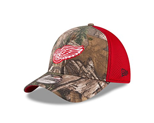 Detroit Red Wings Real Tree Neo 39THIRTY Flex Fit Hat / Cap Medium/Large