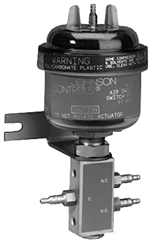 Johnson Controls V-6135-3 Series V-6135 Three-Way Air Switching Valve Between 15 and 19 psig Switchover Pressure