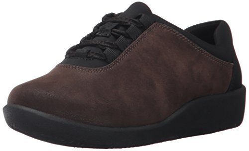 Sport Flat Brown Shoe (CLARKS Women's Sillian Pine Walking Shoe,Brown Synthetic,6 M US)