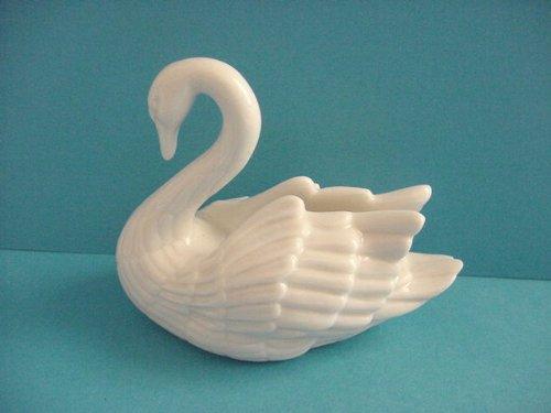 Lenox Mini Swan Figurine