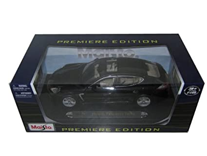 Porsche Panamera Turbo Grey 1/18