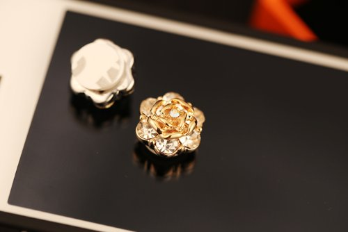 Big Mango Golden Blossom Flower with Crystal Diamond Iphone Home Return Key Button Sticker / Phone Charms for Apple Iphone 5 Iphone 4 Ipod Touch Ipad Tablet Replace Replacement