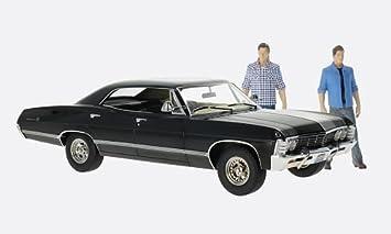 Chevrolet Impala Sport Sedan Black Supernatural 1967 Model Car Ready Made Greenlight 1 18 Amazon De Spielzeug