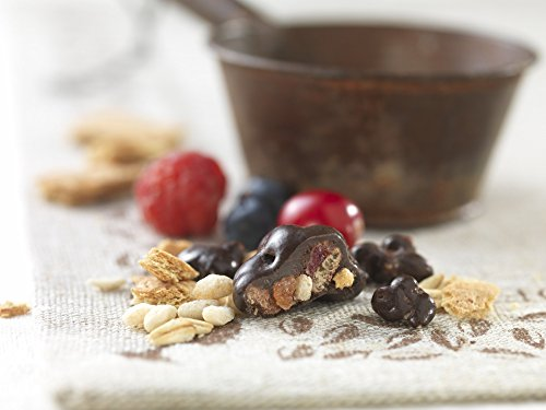Brookside Dark Chocolate Crunchy Clusters Berry Medley Fruit Flavors Pouch, 15 Ounce by Brookside (Image #3)