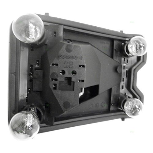 (97-03 Chevy Malibu Tail Lamp Connector Plate Rh 04-05 Chevy Malibu Classic)