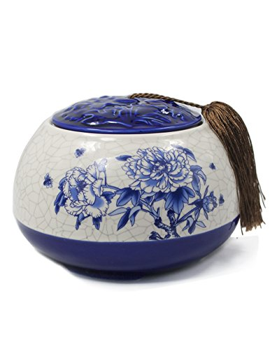 Dahlia Vintage Peony Blue and White Embossed Porcelain Tea Storage/Tea Caddy with Tassel ()