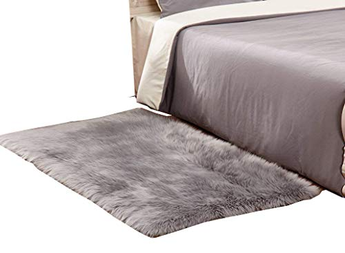 HUAHOO Gray Faux Sheepskin Area Rug Chair Cover Seat Pad Plain Shaggy Area Rugs for Bedroom Sofa Floor Grey 3 x 5 Bedside Rug