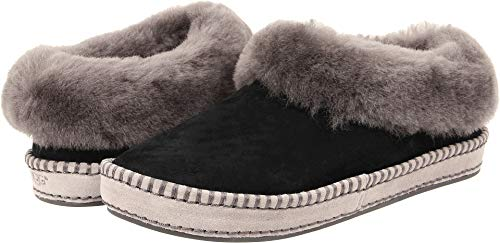 Women's Ugg Wrin Slipper, Size 8 M - Black