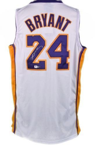 Amazon.com: Kobe Bryant Signed L.A. Lakers Jersey - Sunday ...