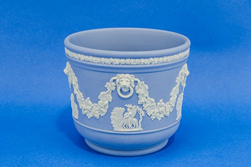 Neo-classical Jasperware Classical Figures Urn Wedgwood Serving PLANTER Porcelain English Mid 20th Century LS