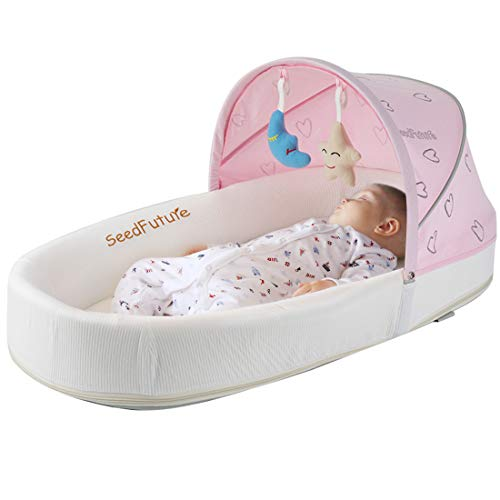 (Baby Lounger, Portable Baby Bed for Newborns with 1 Canopy 1 Mosquito Net. Baby Sleeper with a 5° Gentle Slope Mattress and 2 Toys. Baby Travel Bassinets Suitable for Babies from 0-10 Months(Pink))