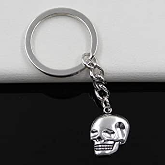 Key chain in the form of a skull of metal silver color Item No 935 - 2