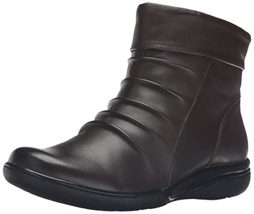 Clarks Women's Kearns Swim Boot, Dark Brown Leather, 7.5 M US