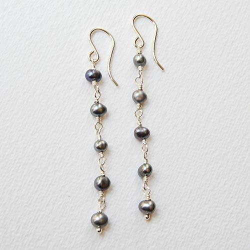 (Peacock Gray Cultured Freshwater Pearl Earrings in Sterling Silver)