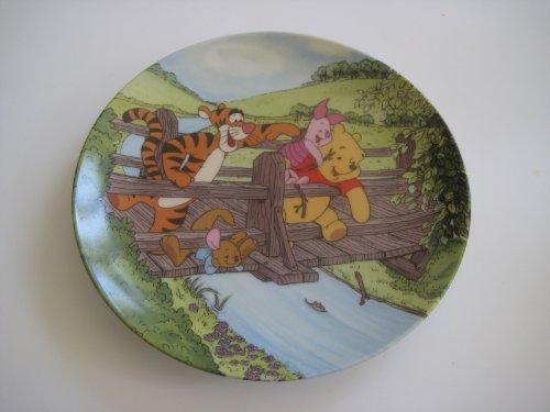 Disney Winnie Pooh Collectible Plate (Disney Plate By Bradford Exchange Winnie the Pooh)