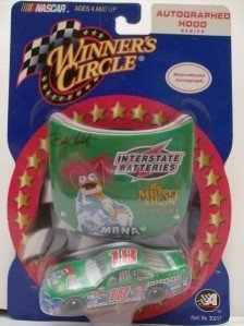 Bobby Labonte #18 Muppets Muppet Show MBNA Interstate Batteries Pontiac Grand Prix 1/64 Scale & Bonus Magnet 1/24 Scale Hood Winners Circle Edition 2001