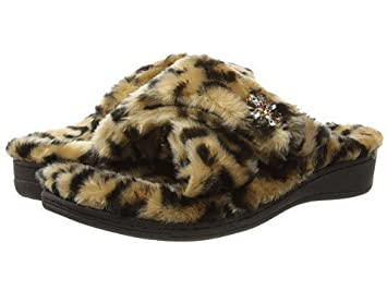 18d2a39325b1 Image Unavailable. Image not available for. Color: Vionic Dark Tan Leopard  Relax ...