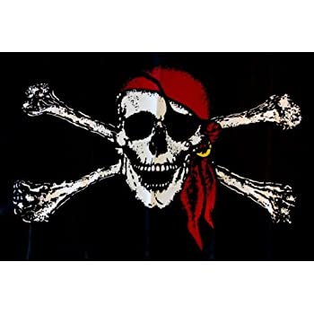 Shoe String King SSK Pirate Outdoor Flag - Large 3' x 5', Weather-Resistant Polyester
