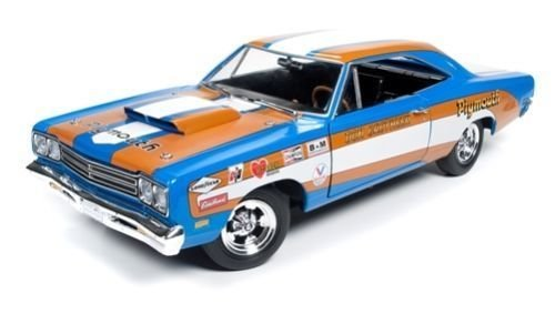 (Auto World New 1:18 American Muscle Collection - 1969 Plymouth Road Runner Diecast Model Car)