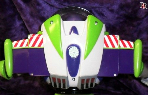 Toy Story Buzz Lightyear Ultimate Talking Action Figure SG/_B000FBMW1O/_US