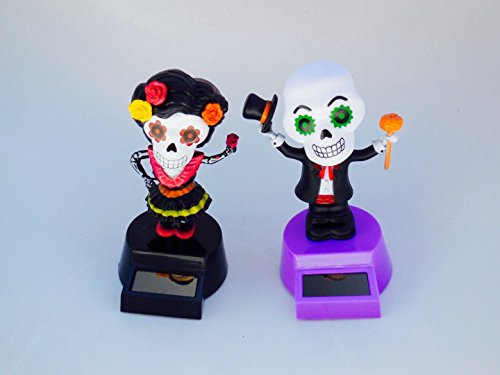 Solar Powered Dancing Skeleton Groom and Bride for Halloween (Bride And Groom Skeleton)