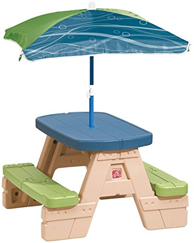 step2-sit-and-play-picnic-table-with-umbrella