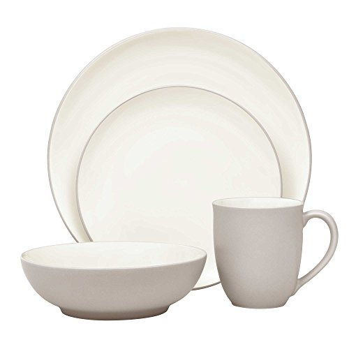 Noritake Colorwave 4-Piece Coupe Place Setting in Sand