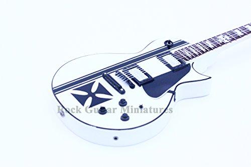 (RGM105 Metallica James Hetfield Maltese Cross White Miniature Guitar)