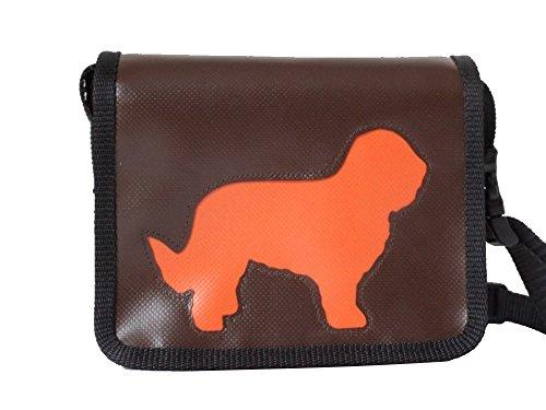 Kleine Schultertasche Hund Briard Braun Orange H 13 cm B 16 cm T 4 cm