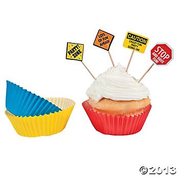 Fun Express Construction Zone Birthday Party Cupcake Baking Cups and Picks - 50 Piece Pack (Construction Party Cupcake)