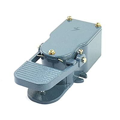 Uxcell 380V 15A SPDT Momentary Hand Free Nonslip Foot Pedal Switch for Engine