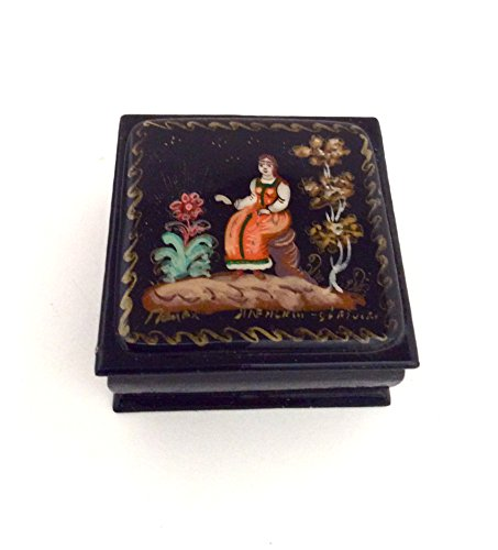 (BuyRussianGifts Russian lacquer box Palekh Hand painted