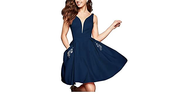 b14c4ed46c9 Amazon.com  Momabridal Short V Neck Homecoming Dresses Satin Prom Party  Formal Gowns with Pocket Navy Size 26  Clothing
