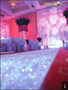 ShinyBeauty 30FTx4FT Iridescent White Sequin Aisle Runner for Weddings for Ourdoor Wedding