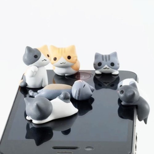 ZOEAST(TM) 6pcs Little Grey Sweet Home Cat Kitten Kitty Dust Plug 3.5mm Phone Headphone Jack Earphone Cap Ear Cap Dust Plug Charm iPhone 4S 5 5S SE 6 6S Plus HTC Samsung IPad IPod (6pcs with 6 Cats)