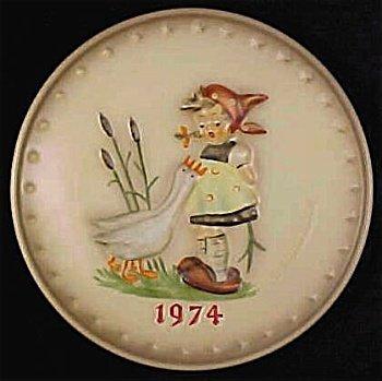 - Hummel 1974 Annual Plate