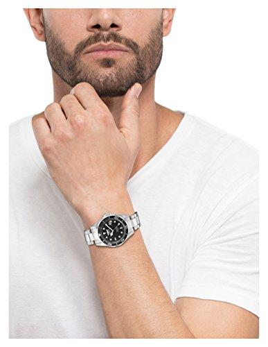 Invicta Mens 8932 Pro Diver Collection Silver-Tone Watch