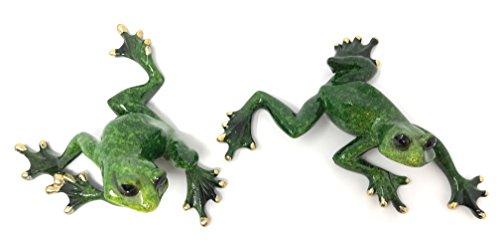 Green Tree Resin Pair of Frog Figurines, Indoor Outdoor - Tree Resin Christmas Green