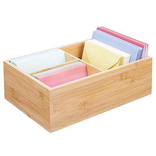 mDesign Organizador de escritorio de madera – Practica caja organizadora con 3 compartimentos para boligrafos, sobres, posits y demas – Moderna caja con divisiones para el escritorio – color natural