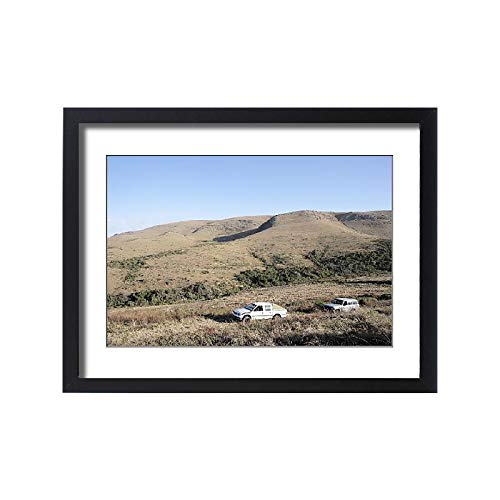 (Media Storehouse Framed 24x18 Print of 4X4, Clear Sky, Color Image, Day, Eastern Cape, Featherstone Kloof (18252285))