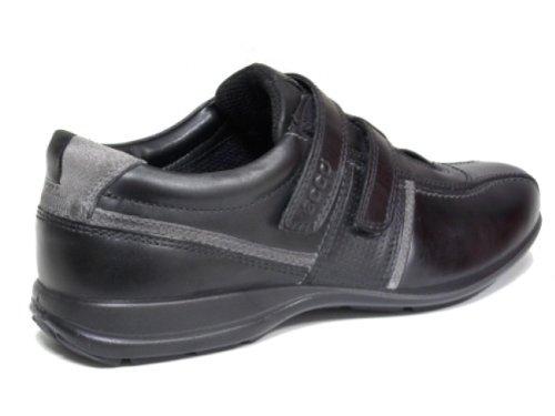 ECCO - Zapatillas de estar por casa de cuero para hombre, color negro, talla 45