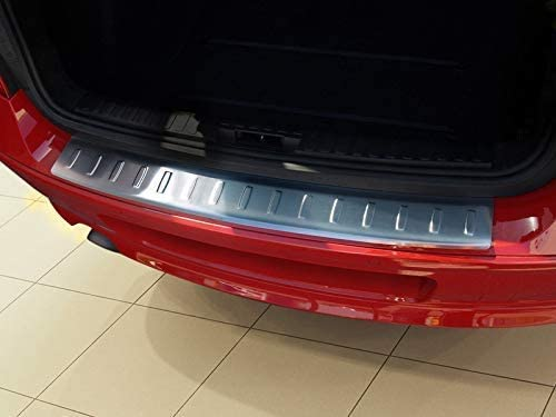 2007-2012 Protector de parachoques trasero cromado para 1 serie E81 E87
