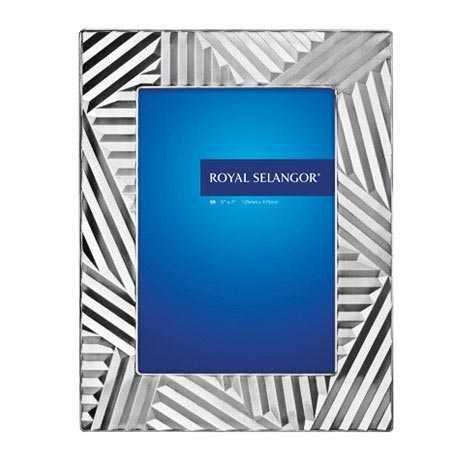 Royal Selangor Hand Finished Mirage Collection Pewter Dagobert Photo Frame (5R)