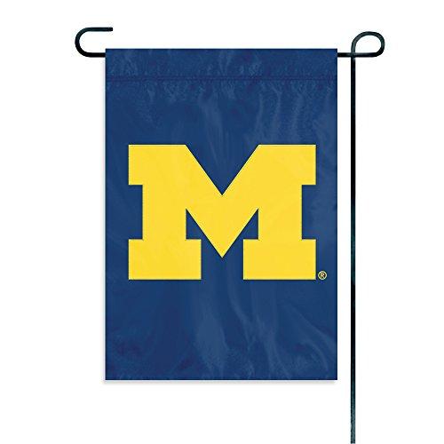 chigan Wolverines Garden Flag (Michigan Wolverines Ncaa Applique)