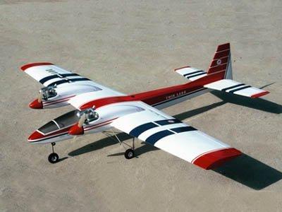 ツインラーク TL-10SR 双発肩翼スポーツ機 スロットイン方式 バルサキット 0351
