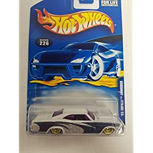 '65 IMPALA LOWRIDER Hot Wheels 2001 diecast 1/64 scale car No. 226