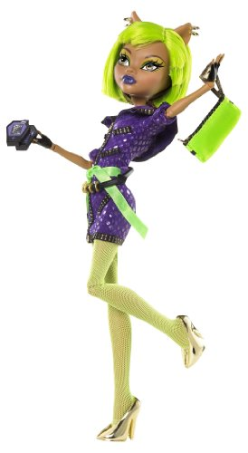 Monster High Dawn of The Dance Clawdeen Wolf Doll]()