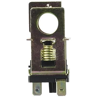 Standard Motor Products SLS82T Stoplight Switch: Automotive