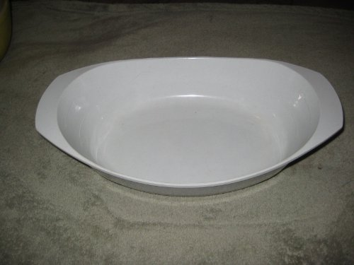 Vintage Nordic Ware Hard Plastic Microwave & Conventional Au Gratin Bake inchN Serve 2 Quart Baking Dish - 12 1/2 x 8 x 3 Inch